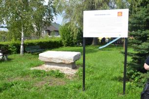 Kamień w Bedlnie