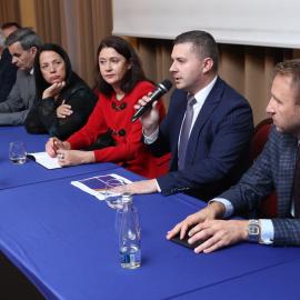Świętokrzyskie – dobra marka. Na IV Sejmiku Turystycznym w Kielcach dyskutowano nad  turystyczną strategią regionu