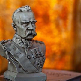 O Piłsudskim w Adamowie